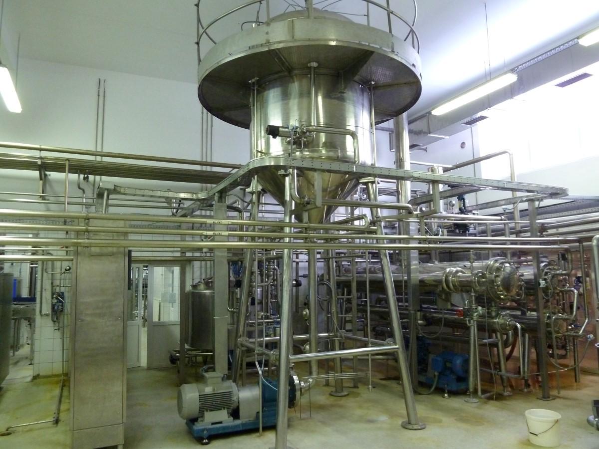 Zariadenie na priamu sterilizáciu mlieka UHT